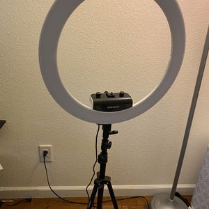 Neewer Ring Light for Sale in Sacramento, CA
