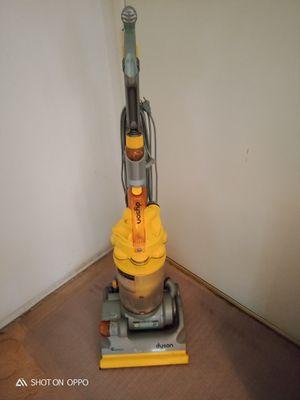 Cerritos.. Dyson DC14 bagless carpet vacuum machine for Sale in Norwalk, CA
