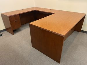 U Shaped Desk for Sale in Baton Rouge, LA