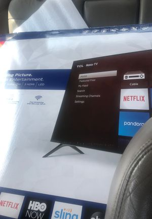 43in Roku tcl tv for Sale in Detroit, MI