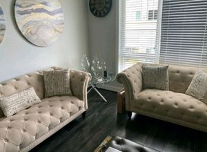 High quality fabric sofa and loveseat with 6 pillows for Sale in MONTGOMRY VLG, MD