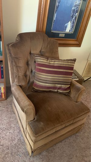 Swivel rocker chair for Sale in Young, AZ