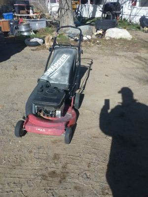 Lawn mower for Sale in Lucerne Valley, CA