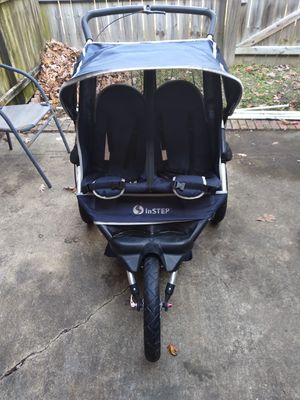 Double jogger stroller for Sale in Newport News, VA