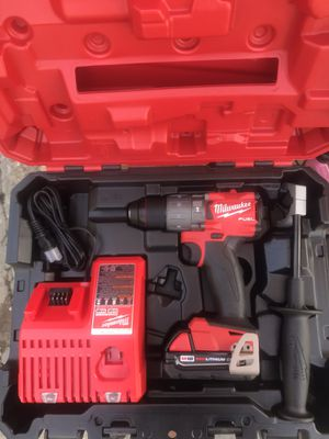 Milwakee 18v hammer drill combo kit nuevo $$140 for Sale in Baldwin Park, CA