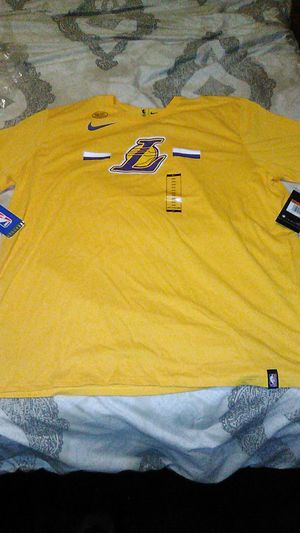 Nike NBA dry-fit Lakers t shirt for Sale in Redondo Beach, CA