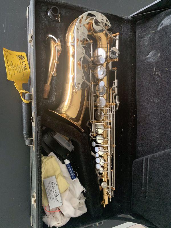 """Vito"" Alto Saxophone with Leblanc Case"