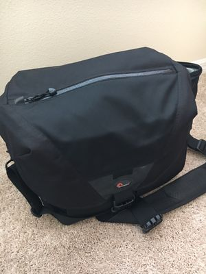 Lowepro Stealth Reporter 650AW Camera Bag for Sale in Bradenton, FL