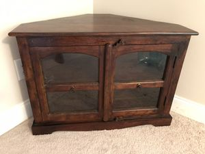Real Solid Wood Corner TV Stand for Sale in Macon, GA