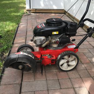 Tecumseh Landscaping Edger 3.50hp for Sale in Tampa, FL