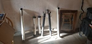 Squat rack and weight bench with bar for Sale in Colorado Springs, CO