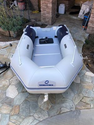 """Bestway Hydro Force Zodiac Style 130"""" Inflatable Boat/Dinghy for Sale in Canoga Park, CA"""