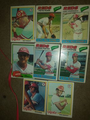 VINTAGE MLB Baseball Cards - Pete Rose, Ken Griffey, Willie McCovey And More! for Sale in Phoenix, AZ
