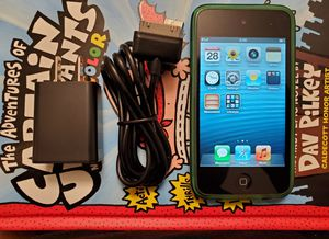 Ipod 4 generation 8gb has camera and charger for Sale in Riverside, CA