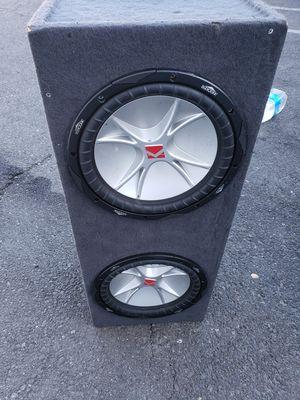 "Two 12"" kicker sub woofers w/ box and 2000 watt scorpion amp for Sale in Pomona, CA"