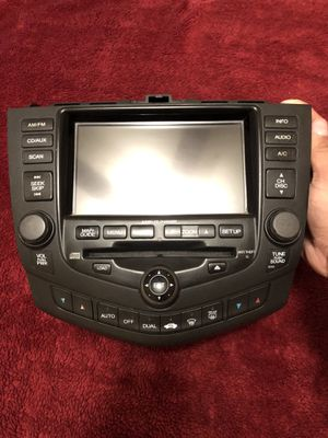 Honda Accord 03-07 Navigation GPS Screen Radio 6 CD Player W/CODE for Sale in Fresno, CA