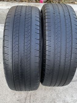 2 tires 235/60/17 Michelin for Sale in Bakersfield,  CA