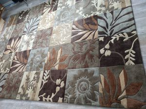 Surya 8' x 11' rug for Sale in Marengo, OH