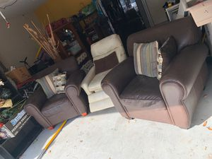 Leather sofa chairs/recliner for Sale in Odessa, FL