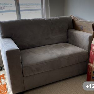 Crate And Barrel Grey Sofa ( Twin Bed Sleeper Pull Out) for Sale in Seattle, WA