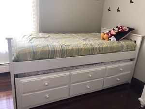 Bedroom set for Sale in CT, US