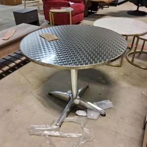Flash Furniture 31.5'' Round Aluminum Indoor-Outdoor Table with Base for Sale in Norcross, GA