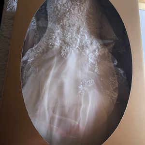 David's Bridal Wedding Dress for Sale in Riverside, CA