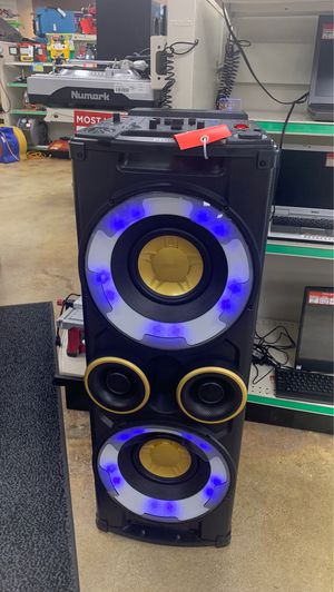 Phillips Bluetooth speaker for Sale in Clearwater, FL