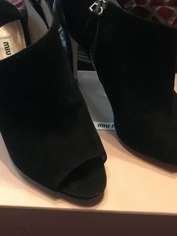Stunning MiuMiu Black Suede for Sale in Littleton,  CO