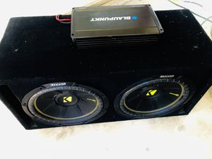 $300 dollars - Kicker Comp C 12s / 3000 Watt Monoblockl/ Vented Sub Box- wired to 1 ohm for Sale in Sanger, CA