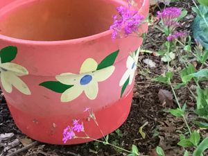 Pretty flower pot for Sale in Shelton, CT