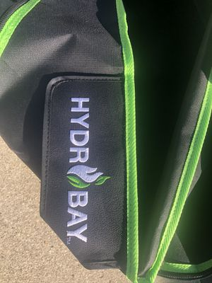 Hydro Bay 5x7 Grow Tent••• Good Condition••• 1st Time Growers!!! for Sale in Fontana, CA