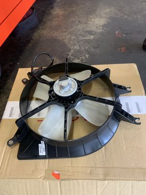 Radiator Fan for 99-00 Civic & 99-00 Acura EL for Sale in Lithonia, GA