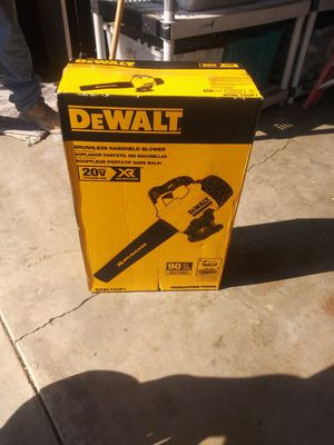Leaf blower and chain saw for Sale in Chino Hills, CA