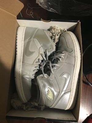 2001 Jordan 1 size 10.5 very lightly used for Sale in Seattle, WA