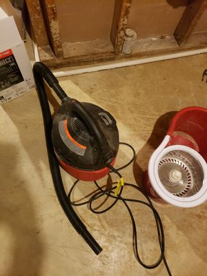 Wet vacuum for Sale in Olivette, MO