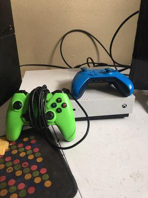 Xbox S 500 gb White for Sale in Abilene, TX