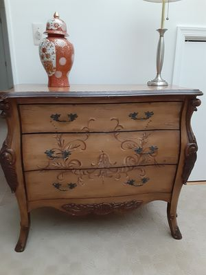 Beautiful solid wood dresser for Sale in Tinton Falls, NJ