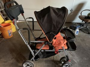 Joovy sit/stand double stroller. for Sale in Vancouver, WA