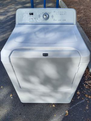NEWER MODEL MAYTAG BRAVOS KING CAPACITY DRYER for Sale in Raleigh, NC