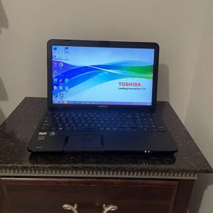 Laptop Toshiba for Sale in Dallas, TX
