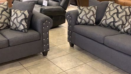 🔥🔥Brand New 2-Piece Sofa-Loveseat set in gray fabric! 🔥🔥 for Sale in Dublin,  OH