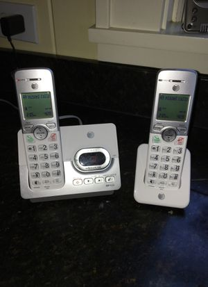 Telephone set with voice message recorder and cordless handsets for Sale in Atlanta, GA