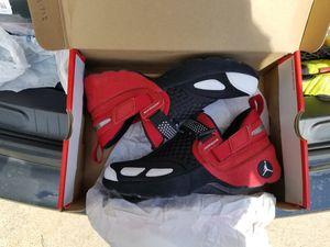 Jordan trainers, size 8, new for Sale in Cleveland, OH