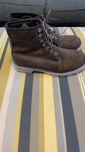 Timberland size 9 Suede Men's Boots Brown for Sale in Murfreesboro, TN