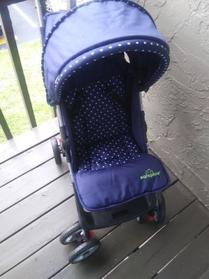 Safe plus stroller. for Sale in Orlando, FL