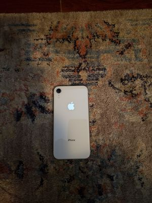 IPHONE XR 64G UNLOCKED for Sale in Phoenix, AZ