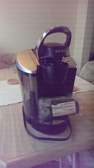 Keurig with water filter for Sale in Glendora, CA