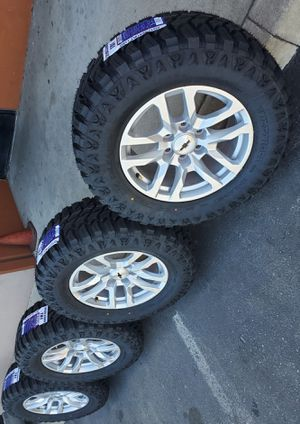 "18"" STOCK 2020 SILVERADO RIMS AND TIRES 33X12.50 R18 LT for Sale in Rancho Cucamonga, CA"