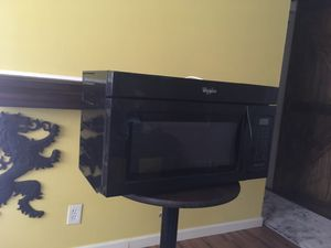 Whirlpool Microwave (over the oven with ventilation) for Sale in St. Louis, MO